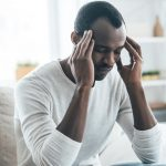 What types of pain can HIV cause?