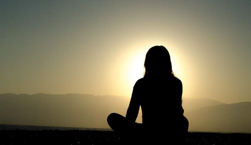 sunset-dusk-silhouette-shadow-girl